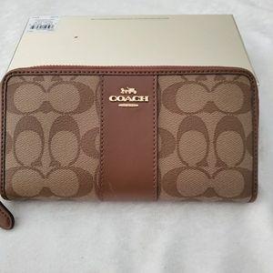 Coach Authentic,  zip wallet